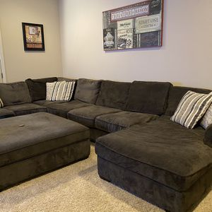 Sectional Sofa Sleeper Couch & Ottoman for Sale in Clovis, CA