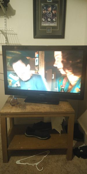 46 inch TV for Sale in Denver, CO