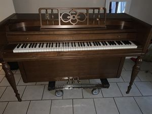 Uprite piano for Sale in Franklin, TN