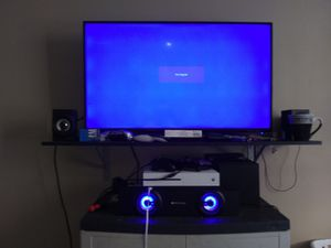 40 inch tv Xbox one s 1 tb and speakers for Sale in Smyrna, TN