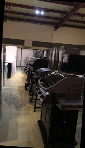 BBQ grill liquidation 3W5I for Sale in San Antonio, TX