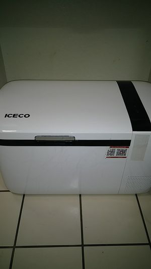 ICEPRO Go20 WDS. Rarely used. Portable fridge/freezer w/ bluetooth accessibility. for Sale in Dallas, TX