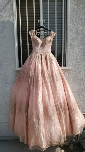 Used XS Rose Gold Quinceanera dress for Sale in South Gate, CA