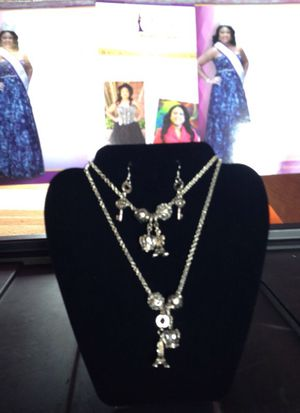Custom made Jewelry for Sale in Detroit, MI