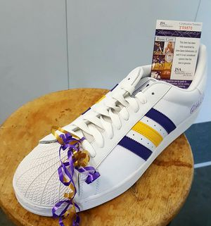 Adidas shoe signed by abdull jabbar lakers colors for Sale in Garden Grove, CA