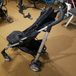 Chico Liteweight Stroller for Sale in San Jose,  CA