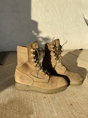 Marine corps boots size 9.5 for Sale in Escondido, CA
