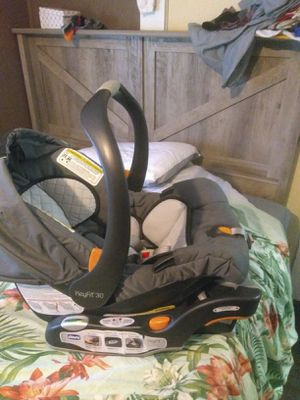 Chicco infant car seat for Sale in Bonifay, FL