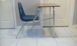 2 VERY STURDY AND FOREVER LASTING STUDENT DESKS, PERFECT FOR HOMESCHOOL for Sale in Orlando, FL