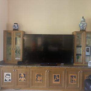 Vizio 70 Inch Flatscreen Smart TV for Sale in Port St. Lucie, FL