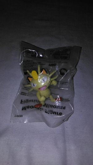 Meowth Pokemon Exclusive figure Toys r us for Sale in Las Vegas, NV