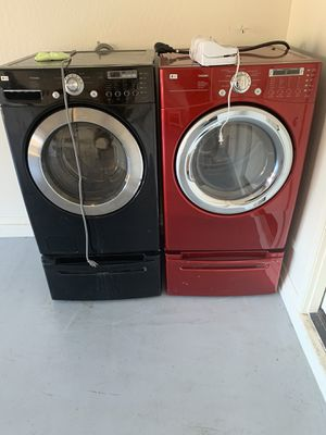 LG washer and dryer for Sale in Peoria, AZ