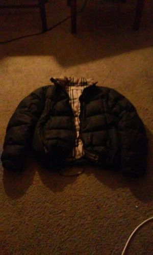 BURBERRY BUBBLE COAT for Sale in Laurel, MD