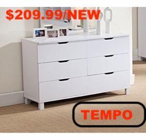 Dresser, White **Mirror not Included** for Sale in Pico Rivera, CA