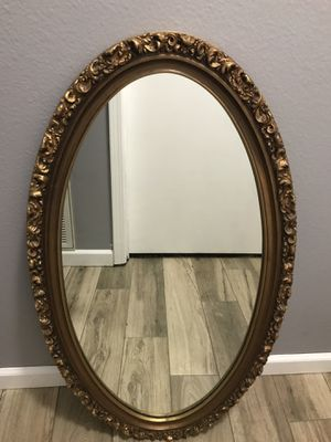 Gold Mirror for Sale in Vilonia, AR