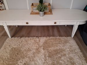 Coffee table with drawer for Sale in Woodburn, IN