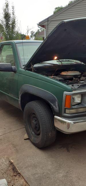 1995 Chevrolet k2500 4x4 for Sale in Glyndon, MD