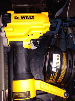 DEWALT COIL ROOFING NAILER ! PNEUMATIC! for Sale in San Angelo,  TX