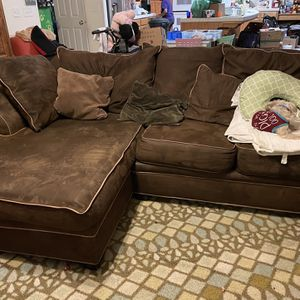 Free Mini Sectional for Sale in Tracy, CA