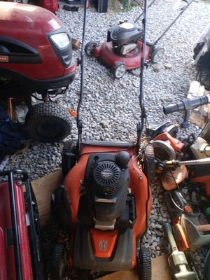 HONDA VARIABLE SPEED AUTOWALK LAWN MOWER. for Sale in Whitehall, OH