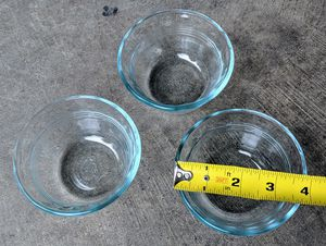 Pyrex 6oz Glass Bowls - Set of 3 for Sale in Puyallup, WA