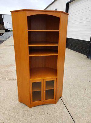 CORNER OPEN TOP CURIO WITH DOUBLE DOOR BOTTOM STORAGE AREA for Sale in Merrillville, IN