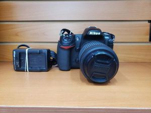 Nikon D300S Digital Camera with 55-200mm Lens and Charger for Sale in Boca Raton, FL