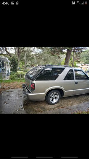 2003 chevy s10 blazer for Sale in Tampa, FL