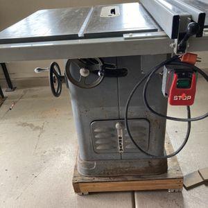 Delta Cast Iron Table Saw for Sale in Surprise, AZ