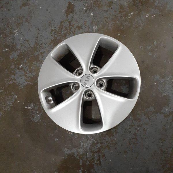 Kia Soul 16 inch rims