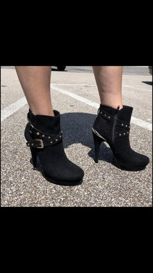 Guess Ankle Boots in Black Size 8.5 NWOT for Sale in Nashville, TN