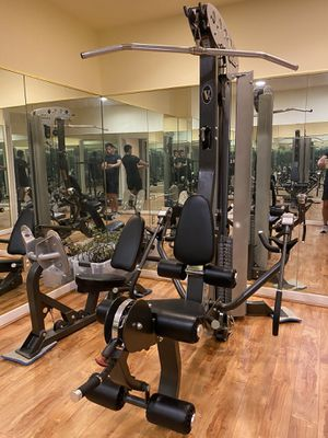 Home Gym Hoist V5 in Barely Used for Sale in Chantilly, VA
