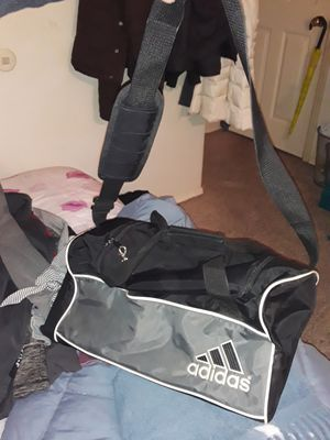 Adidas duffle bag for Sale in Hazelwood, MO