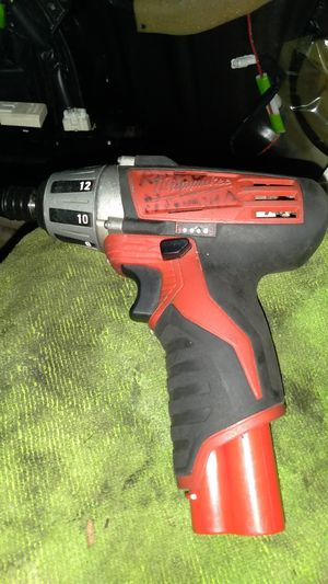 Milwaukee m12 drill driver will come with battery no charger works great for Sale in Mukilteo, WA