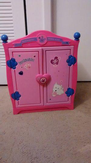 Doll closet - Armoire for Sale in Miami, FL