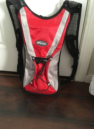 New hiking water pack for Sale in Montclair, CA