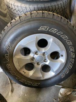 5 Jeep OEM Wheel N Tires for Sale in Seattle,  WA