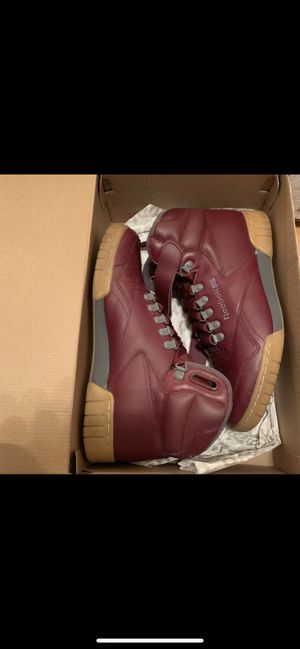 Men's Classic Reebok's Size 10 Maroon $40 OBO for Sale in Milwaukee, WI