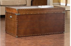 Steamer Trunk Coffee table for Sale in Silver Spring, MD