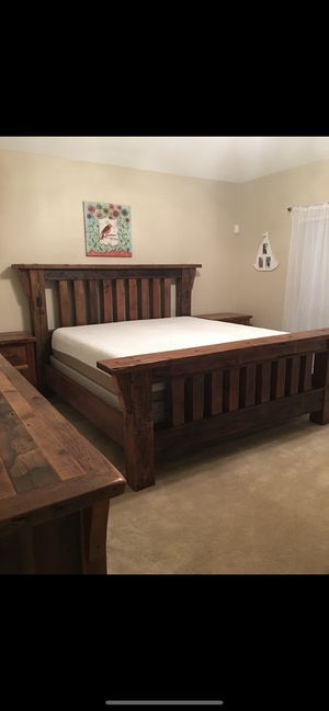 King Size Solid Wood Bedroom Set from Gallery Furniture for Sale in Houston, TX