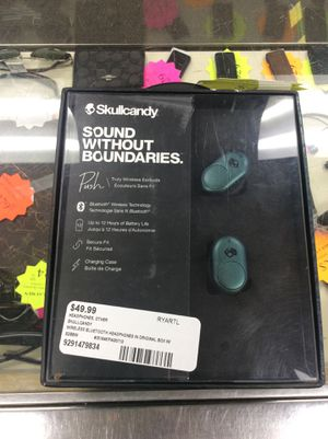 Skullcandy Bluetooth headphones(Inventory code 9291479834) for Sale in Sacramento, CA