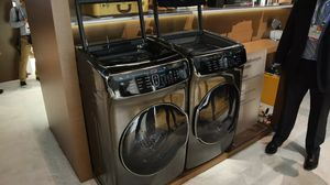 Samsung washer and dryer FLEXWASH FLEXDRY for Sale in Lakewood, WA