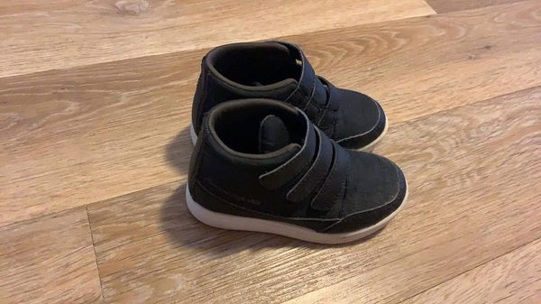 Toddler Boys High Tops- Size 9