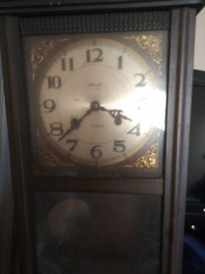 Old antique clock for Sale in Dallas, GA