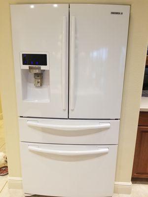 Samsung Refrigerator $600 OBO for Sale in Sarasota, FL