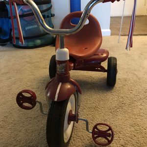 Radio Flyer Ready-To-Ride Folding Tricycle, Red for Sale in Bethesda, MD