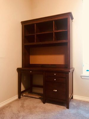 Office Desk for Sale in Monroe, LA