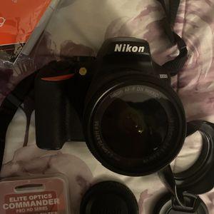 Nikon D3500 for Sale in Antioch, CA