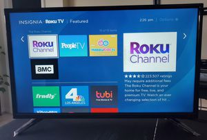 "Insignia 32"" LED TV with Roku (Model: NS-32D310NA17) for Sale in Davenport, FL"