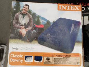 Twin size air mattress for Sale in Pahrump, NV
